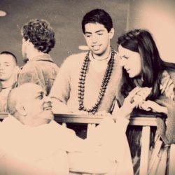"""Мукунда Госвами """"Джаянанда прабху впервые приходит в храм"""""""