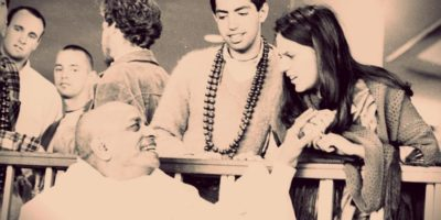 Мукунда Госвами «Джаянанда прабху впервые приходит в храм»