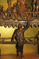 Джаянанда правит ведущей колесницей Господа Джаганнатхи