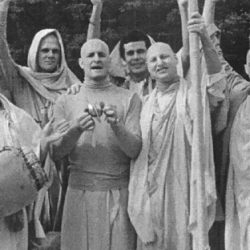"""Гуру дас """"Зал славы Вайшнавов всех времен на Вайкунтхе"""""""